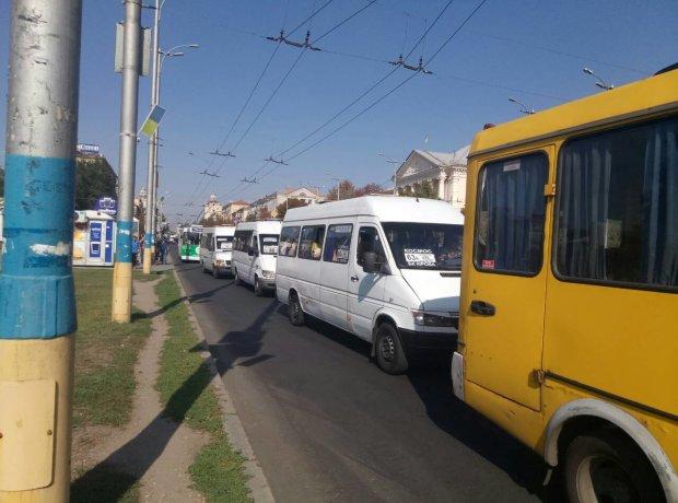 Ціни на маршрутки знову зроблять українцям дуже боляче