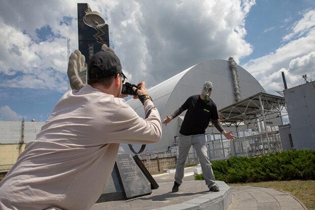 """Світ закохався в Чорнобиль: зона відчуження """"ожила"""" під ногами тисяч туристів"""