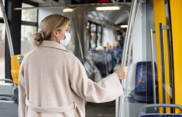 Українців не пустять у транспорт без ковід-сертифікатів