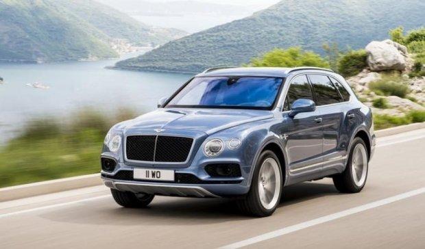 Розробники представили модель економного Bentley