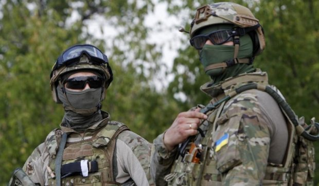 За сутки на Донбассе ранены пять украинских военных
