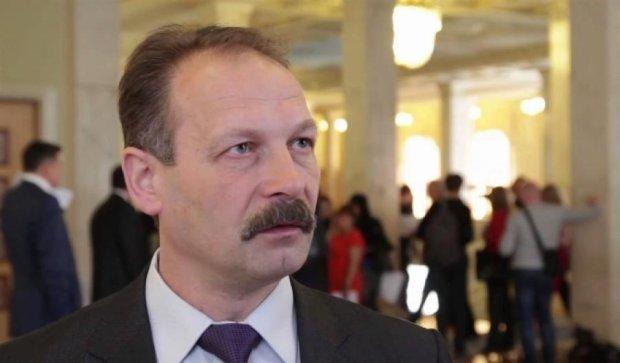 БПП вийде з коаліції, якщо Яценюк не піде у відставку – Барна