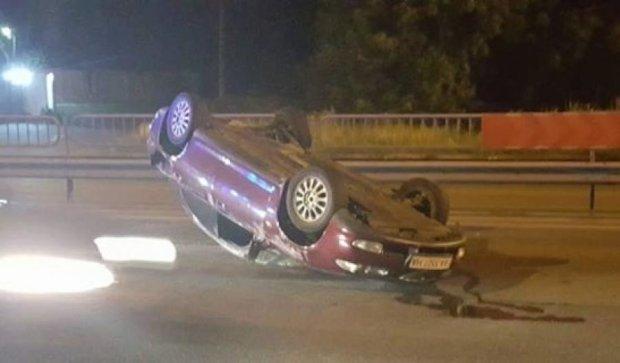 Перестроение Mazda закончилось на крыше