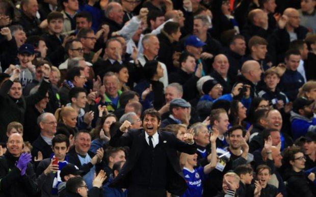 Фанати до сліз розчулили дружину тренера Челсі