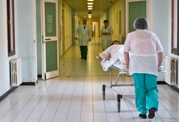Коронавирус? Харьковские медики откачивают студента из Китая, рассекречен диагноз
