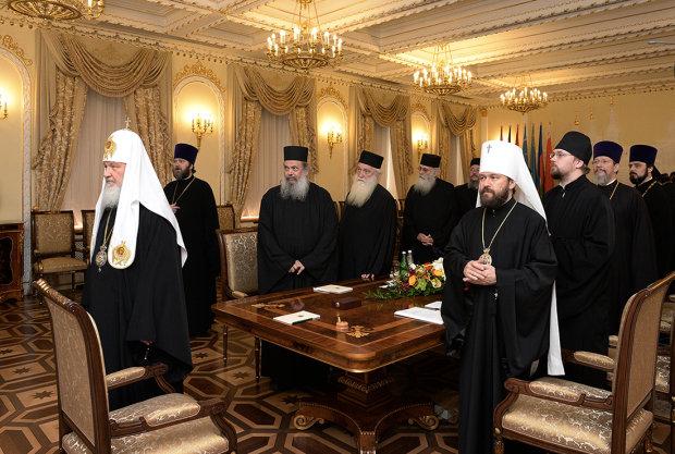 Монахи Афона поддержали автокефалию Украины и жестко поставили Россию на место