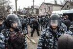 """У Криму окупанти змусили дітей взяти автомати до рук: """"Вже добралися"""", цинічні кадри"""