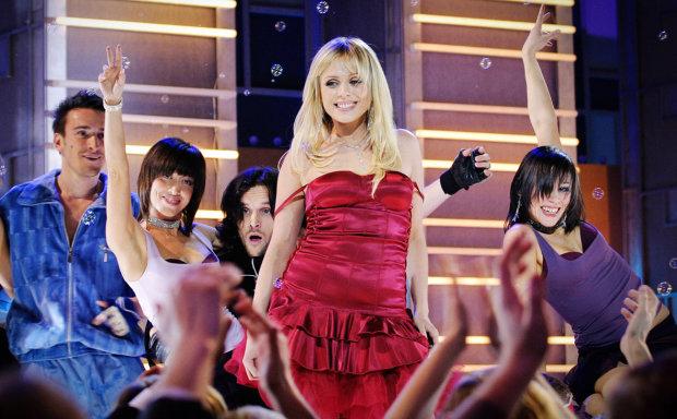 Лікарі повідомили про стан відомої співачки Юлії Началової: легені не справляються