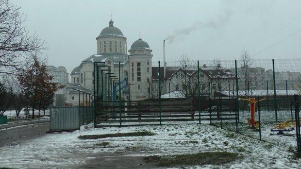 Франківчани скаржаться на котельню монастиря: Суспільне