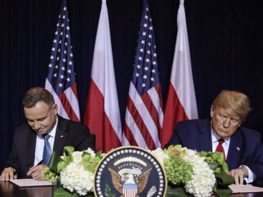 """США перебросят тысячи военных в Польшу: Трамп и Дуда подписали """"сделку года"""""""