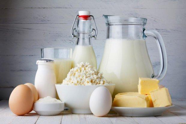 В Украине резко взлетела в цене молочная корзина: не по карману даже масло