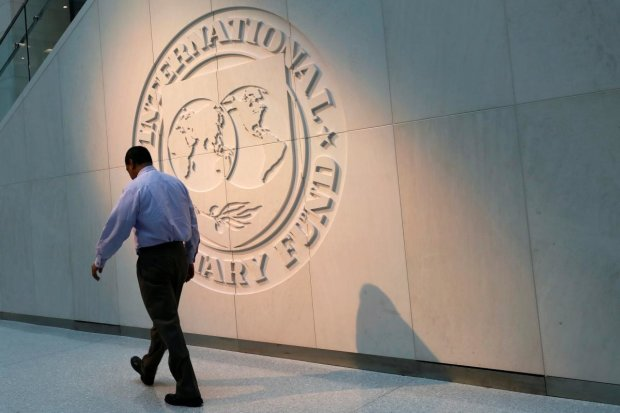 Проще улететь на Марс: стало известно, сколько нам с вами придется отдать МВФ