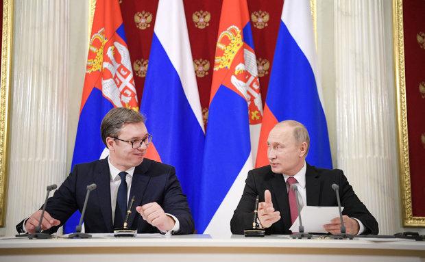 Наляканий європейський президент просить Путіна ввести війська: що відбувається