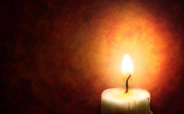 На Прикарпатті поховали загиблого бійця АТО - прапор на труні, бойові побратими та море сліз