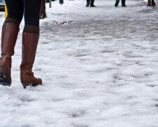 Ожеледиця у Франківську, фото: Галицький кореспондент