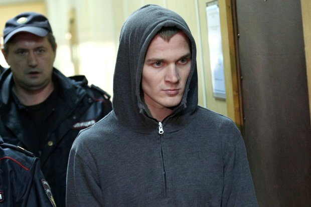 """Вбив через капелюха: сина зірки """"Інтернів"""" звільнили в залі суду"""