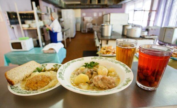 Харчування в школах, фото - School Food
