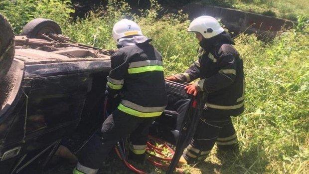 Одеса оніміла через моторошну аварію: молода сім'я загинула за лічені хвилини