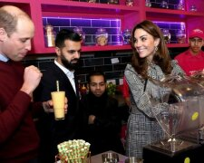 Кейт Миддлтон и принц Уильям в пакистанском ресторане Брэдфорда