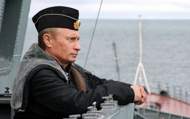 Путин спровоцировал шутки своим армейским указом