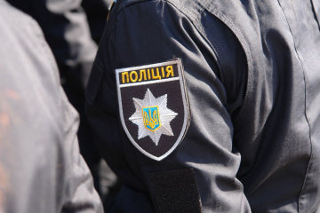 В Одесі батько посеред вулиці вбив рідну дочку: десятки поранень і ножа в спині