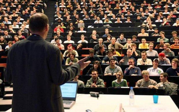Українські студенти в Польщі поставили діагноз батьківщині