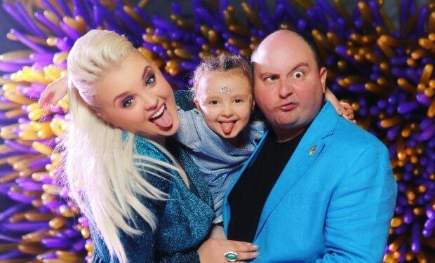 Юрий Ткач с семьей, фото с Instagram