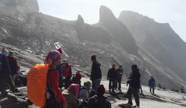 Из-за замлятресения в Малайзии погибли двое альпинистов