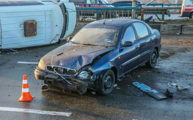 Пасажирка Lanos ледь не втратила голову в страшній аварії: шокуючі фото