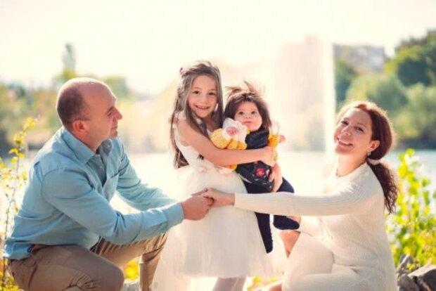 Маленька Рапунцель: немовлям із Болгарії захоплюються по всьому світу, фото