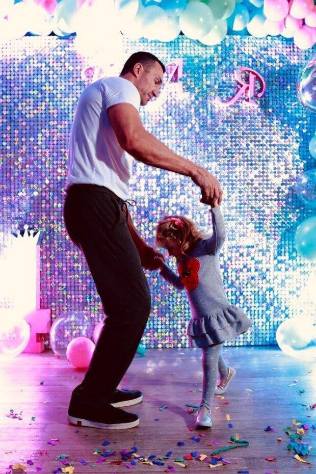 Володимир Кличко з донькою, twitter.com/haydenpanettier