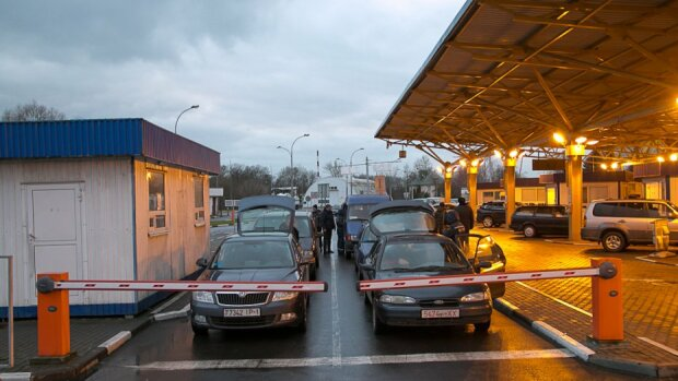 Одне розмитнення - як дві машини: наскільки вигідні євробляхи та які штрафи чекають на водіїв