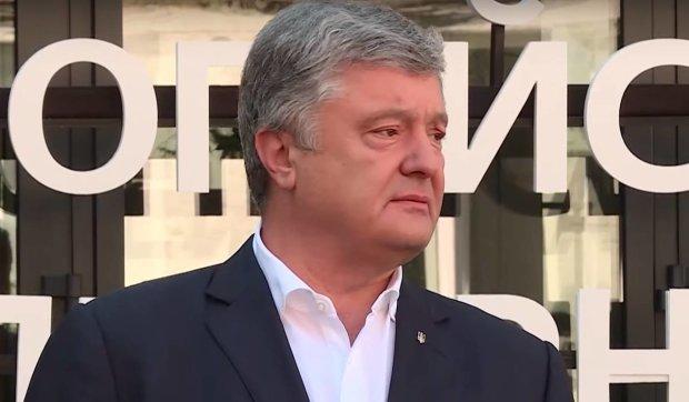 """""""Ницість і підлість не мають кордонів"""": Азаров вискочив з конопель, щоб розгромити Порошенка"""