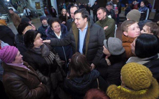 Експерт: Якщо ви повірите Саакашвілі, то в Україні почнеться громадянська війна!