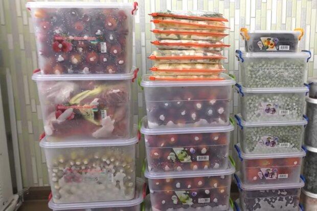 Замороженные ягоды, кадр из видео