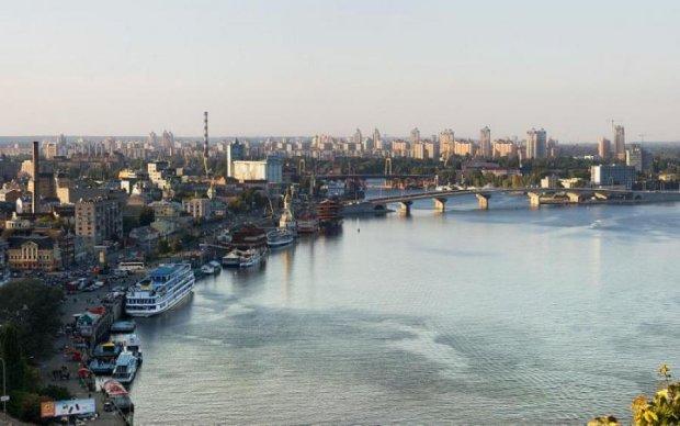 """Влада розповіла брудну правду про """"чисту"""" воду в Україні"""