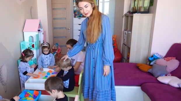 """Украинка воспитывает шестерых детей в одиночку, муж бросил перед родами: """"Ты самая умная, ты и отвечай"""""""