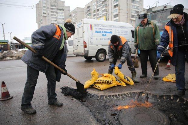 Заместителю Омеляна вырвало колесо на  украинской дороге: столкнулся с реформами вплотную