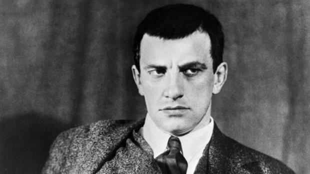 Разбитое сердце поэта: длинный список тех, кто отказался выходить замуж за Маяковского