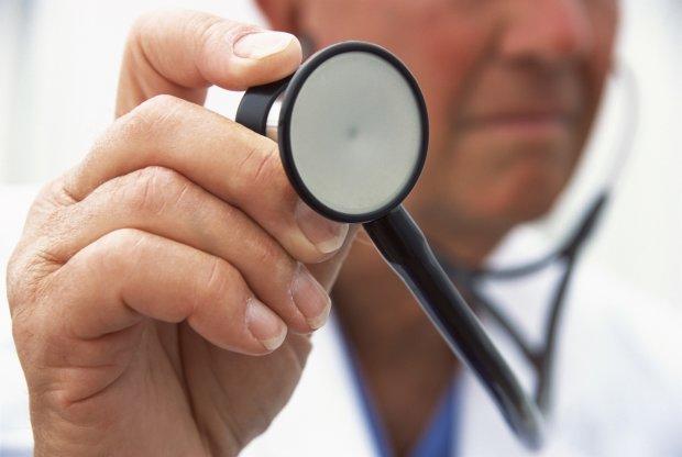 Не дихайте: як недобросовісні лікарі заражають людей