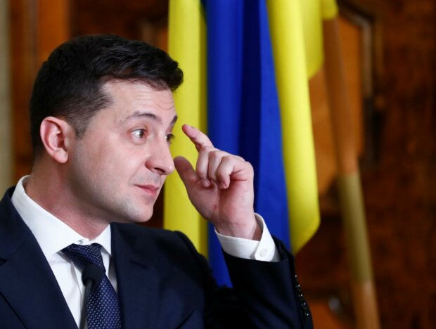 """""""Слуга народу"""" потрапила в новий скандал: 23-річний офіціант із села фінансував партію Зеленського, знайдено докази"""