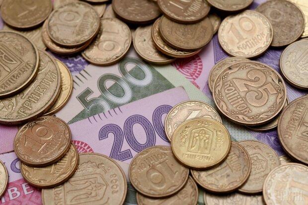 Украинцы останутся без монет: когда это случится и где обменять деньги