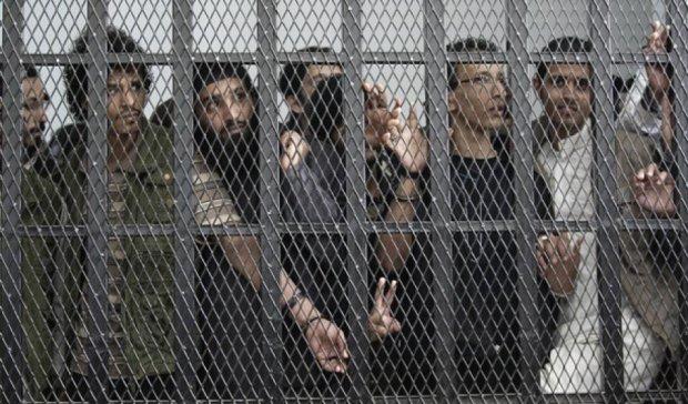 З в'язниці Ємену втекли понад тисячі ув'язнених