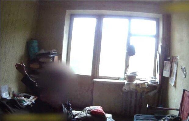 """В Ужгороді божевільний """"посланець Бога"""" вирішив підірвати будинок і відкрутив газ: """"В ім'я Христа"""""""