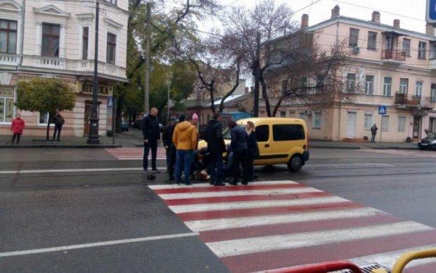 Безжалостное ДТП в Одессе: пешеходный переход стал трамплином к неизбежному