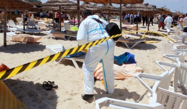 Українська пара дивом врятувалася під час стрілянини в Тунісі