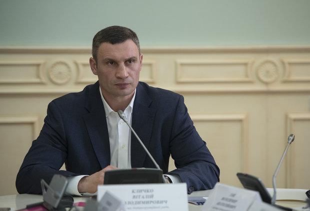 """За земельный """"дерибан"""" мэру Кличко грозит увольнение с должности и срок"""