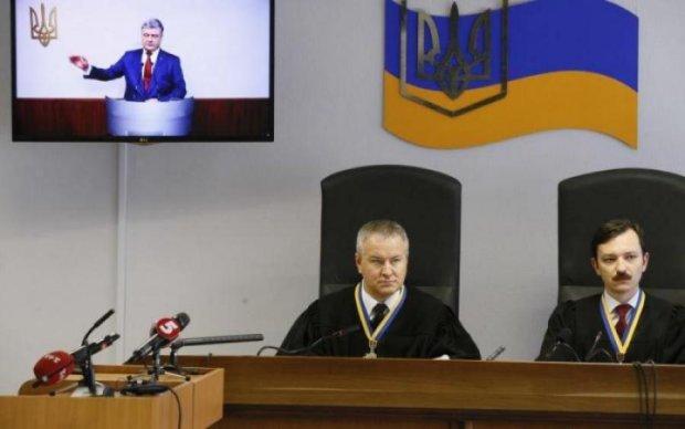 Порошенко vs Янукович: суд обрав сторону
