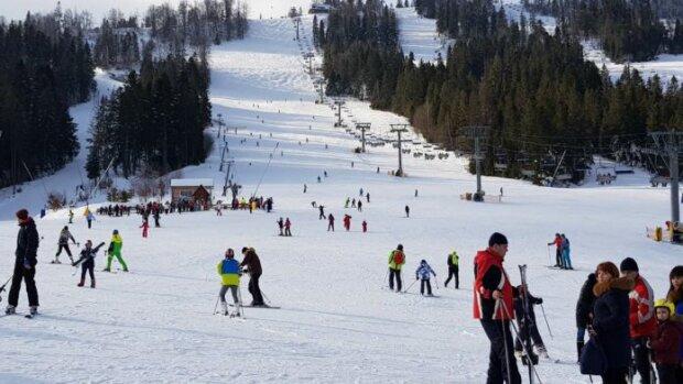 """Українцям розповіли, що зроблять з гірськолижними курортами: """"З Новим роком, карантинці!"""""""