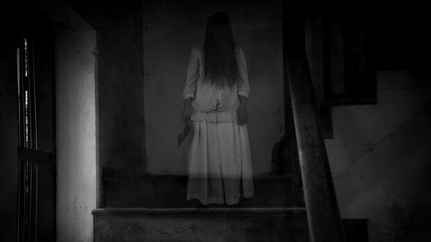 Привид, кадр із фільму